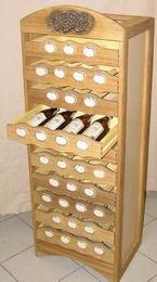 Okrasný stojan na víno - box 35