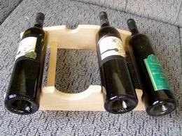 Stolní stojan na víno - L4