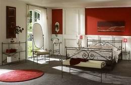 Kovová postel Arabela 180x210