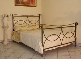 Kovová postel Olivie 180x210