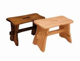 Døevìná stolièka z borovice