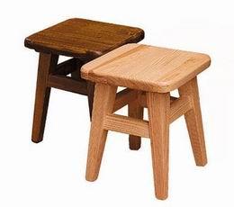Døevìná stolièka malá