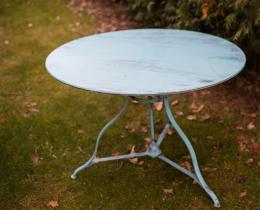 Kovový stolek s patinou 100cm