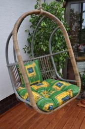 Houpaèka závìsná Cortillard polstr zelený