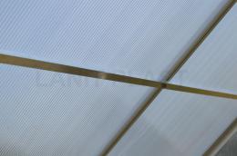 zpevòující støešní lišty pro skleník LANITPLAST PLUGIN 6x10